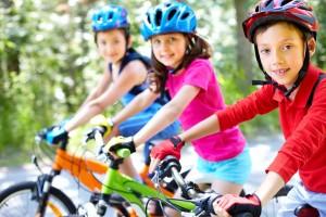 dzieci na rowerach megajunior_pl